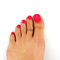 Sterling silver toe ring Wave design adjustable toe ring Also knuckle ring (T-99)