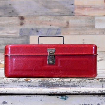 Best Vintage Tackle Box Products on Wanelo
