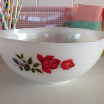 Vintage JAJ Pyrex June Rose Cinderella Mixing Bowl
