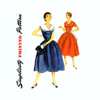 1950s Vintage Sewing Pattern Sailor Collar Dress Bust 31 Simplicity 1011 Full Skirt Double Breasted Rockabilly Dress with Detachable Collar,