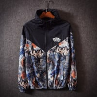 Black Vans Off The Wall Print  Loose Unisex Couples Windbreaker Coat