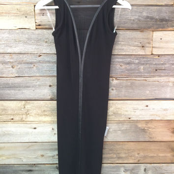 REVEAL BODYCON DRESS - BLACK