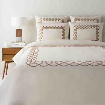 Bala Bedding ~ Cream & Tan