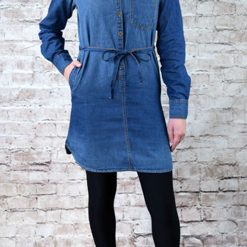 Logan Chambray Tunic - Dark Wash