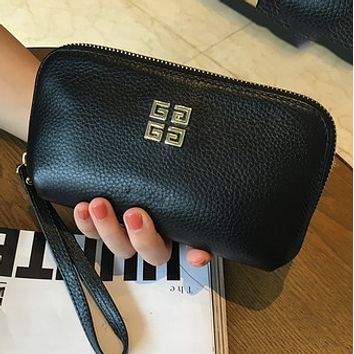 Givenchy first layer of leather handbags leather zipper clutch Black