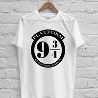 Harry Potter Platform 9 3/4 T-shirt Men, Women Youth and Toddler