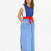 60s blue pinafore. Vintage wrap apron. Gingham apron. House wife dress. Blue red white. Mad Men fasion. Made in Japan