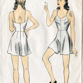 1940s *RARE* vintage lingerie sewing pattern teddy romper step in bust 32 b32 waist 26 w26 DuBarry 5409