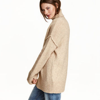H&M Chunky-knit Turtleneck Sweater $39.99