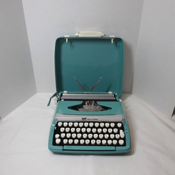 1960s Smith Corona Corsair Deluxe Manual Typewriter & Case, Turquoise, Working, Made in England, Vintage Office Typewriter, Portable