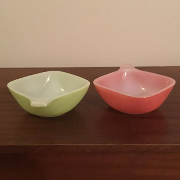 Vintage 1960s Set of Two (2) Pyrex Crown Agee Pastel Ramekins / Retro Handled Bowls Green and Pink