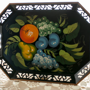 Metal Serving Tray Octagonal Tray Hand Painted Fruit Motif Vintage Black Tray Kitchen Decor Farmhouse Country Cottage Decor Vintage Tray