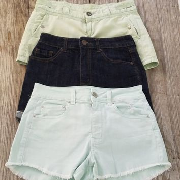 Lot of 3 Womens Shorts Anthropologie Urban Outfitters American Eagle