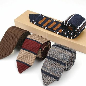 KR1435-1451 Men's Knit Tie Skinny Knitted Necktie Narrow Slim Vintage Striped Classical Knitting Neck Ties 7CM Party Accessories