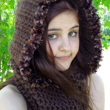 Crochet Chocolate Brown hooded Cowl. crochet. womens or teen size.Made by Bead Gs on ETSY. fuzzy trim.