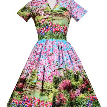 Drive-in Dress In Cherry Tree Lane Print