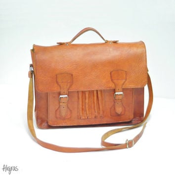 Vintage Leather Messenger Bag • Briefcase • 1970s Satchel • Vintage Leather Bag • Pen Holder • Book Bag • Backpack • Carryall