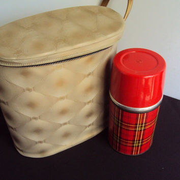 1969 Gold Lunch kit w/ Aladdin Glass and metal Thermos made in Nashville, Tenn. -Americana-