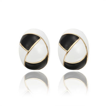 18K Gold Inline Acorn Shaped Onyx & Ivory Stud Earrings Made with Swarovksi Elements