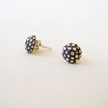 Sterling Silver Dots Stud Earrings - Circle Round Ear Studs - Black and silver Original Stud Earrings - Contemporary Unique Delicate Jewelry