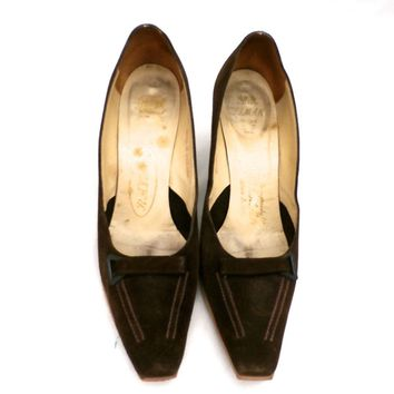 Vintage Womens Shoes Delman Rayne Brown Suede Pumps Heels 7½AA 1950S