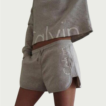 2017 Calvin New Womens Tracksuit Set Spring Cotton 2 Piece Set Women Short Hooded Hoodie Sexy Cropped Top with Shorts Pants