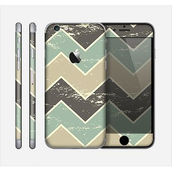 The Vintage Tan & Green Scratch Tall Chevron Skin for the Apple iPhone 6