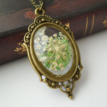 Queen ann lace pendant, resin jewelry, antique brass necklace, realdried flower resin faceted pendant, botanical jewelry, pressed flower