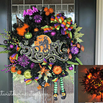 Spooky Witch Light-Up LARGE Halloween Wreath - Halloween Decor, Witch Wreath, Spooky Wreath, Wreath with Lights, Halloween Wreath