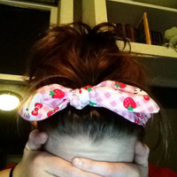 Adorable Pink Checkered Hello Kitty Bow Headband