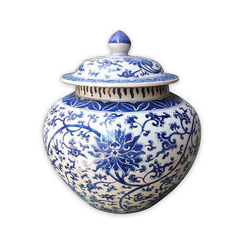 """Beautiful Blue and White Porcelain Ginger Jar Twisted Motif 14"""" with Lid"""