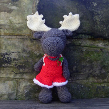 Christmas Moose - Crochet Amigurumi Stuffed Animal/Doll