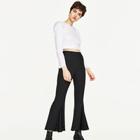 FRILLY CREPE TROUSERS DETAILS