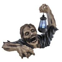 `Dead Rising` Zombie Holding Lantern Solar Powered Garden Light Lamp