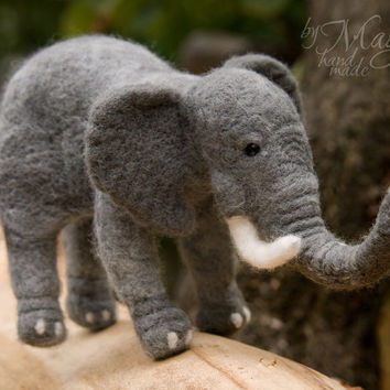Needle felted elephant, wool animal, felt toy, needlecraft elephant, felting, gift, animal toy, soft, grey, felted creature, Africa, exotic