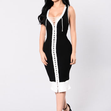 Colour My World Dress - Black/White