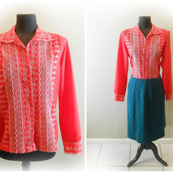 CLEARANCE 1970's Red Eyelet Blouse Button Up Shirt Embroidered Eyelet Blouse Women's Size LARGE