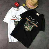 GUCCI 2018 spring new loose cat flowers embroidery glue letter print T-shirt