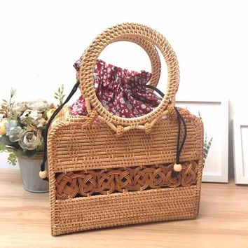 2017  Summer Bohemian Handbags Vintage Handmade Crossbody leather shoulder Straw Bags Circle Rattan bag Women Small Beach Bag