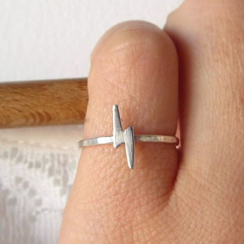 Lightning Bolt ring -  simple tiny sterling silver stacking ring - minimal modern lightning bolt jewelry.