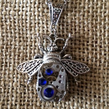 Mechanical Bee Steampunk Necklace