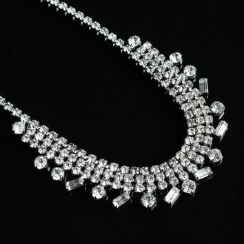 Vintage Clear Rhinestone Necklace - Silver Tone Elegant Wedding Faux Diamond Costume Jewelry / Glass Sparkle