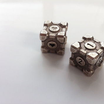 Weighted Companion Cube Die  Stainless Steel  Portal by niquegeek