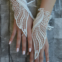 lace glove, Bridal Glove, ivory lace cuffs, lace gloves, Fingerless Gloves, bridal gloves  Free Ship, gloves, ivory gloves, barefoot sandals