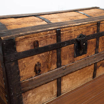 Antique Wood Chest / Rugged Primitive Rustic Wood Storage Trunk / Cottage Cabin Decor