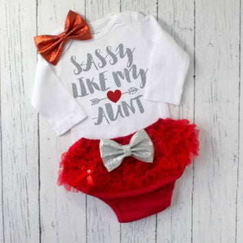 baby girl clothes - baby shower gift - newborn baby girl clothes - baby girl outfit - sassy like my aunt outfit - girl clothes - sassy shirt