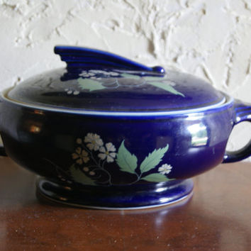 Vintage 1950s Blue HALL Two Handled Casserole Dish Sundial Shape Daisy Motif With Double Stamp