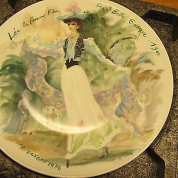 "VINTAGE DECORATIVE PLATE BY LIMOGES ""LEA"" BY GANEAU"