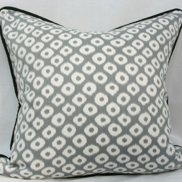 Grey & black Robert Allen Ikat decorative throw pillow with black piped trim. 20 x 20 pillow. toss pillow.