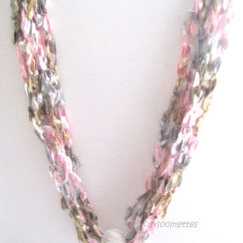ON SALE Crochet Necklace Trellis Yarn Gray and Pink Soft Necklace Casual Necklace Crocheted Jewelry